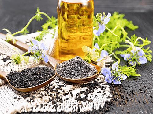 Blumen und Samen von schwarzen Samen für unsere 4er Pack C60 Schwarzkümmelöl